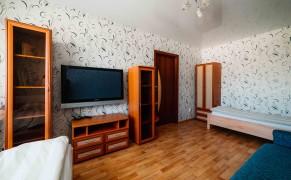 Гостиница Хостел Крылья 1 комнатная квартира с двумя кроватями. Чебоксары